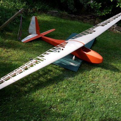 Die ISB-Komar im Bauzustand, Segelflugzeug ohne Antrieb