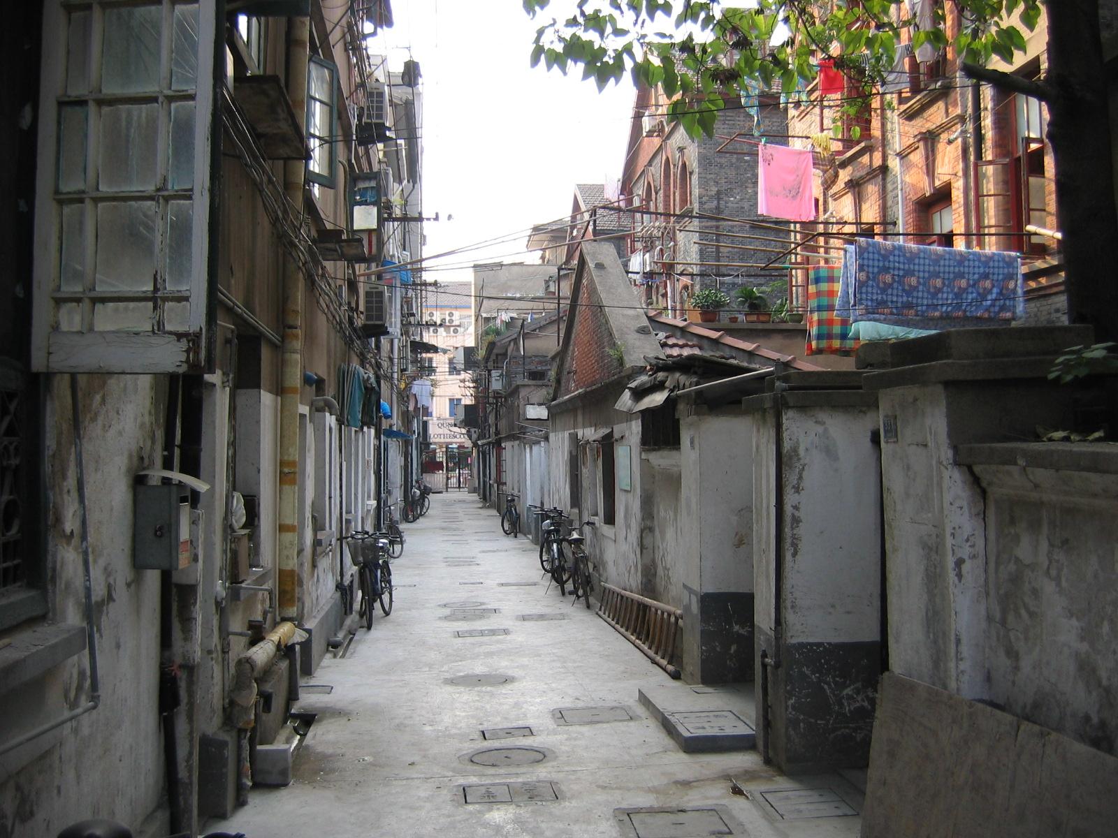 Eine Gasse im alten Kern von Shanghai