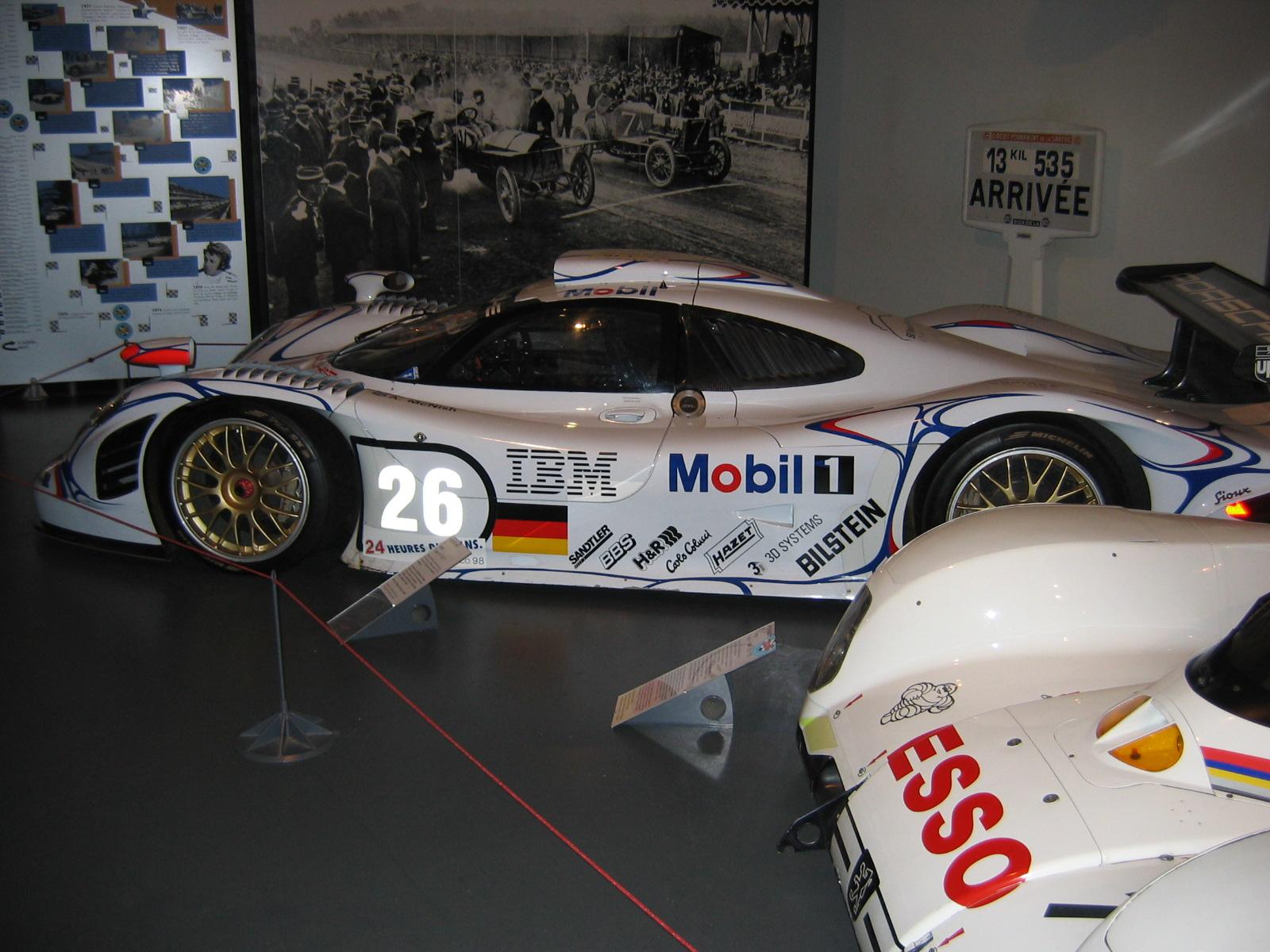 Porsche 911 GT1, Sieger von 1998, Aiello/McNish/Ortelli