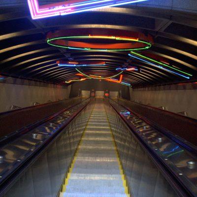 Ja, die Rolltreppe ist so Steil, wie sie wirkt!