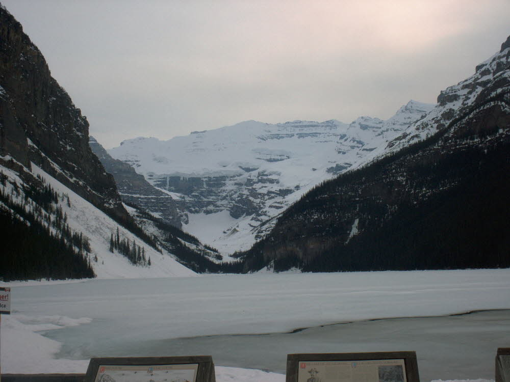 Lake Louise im Mai