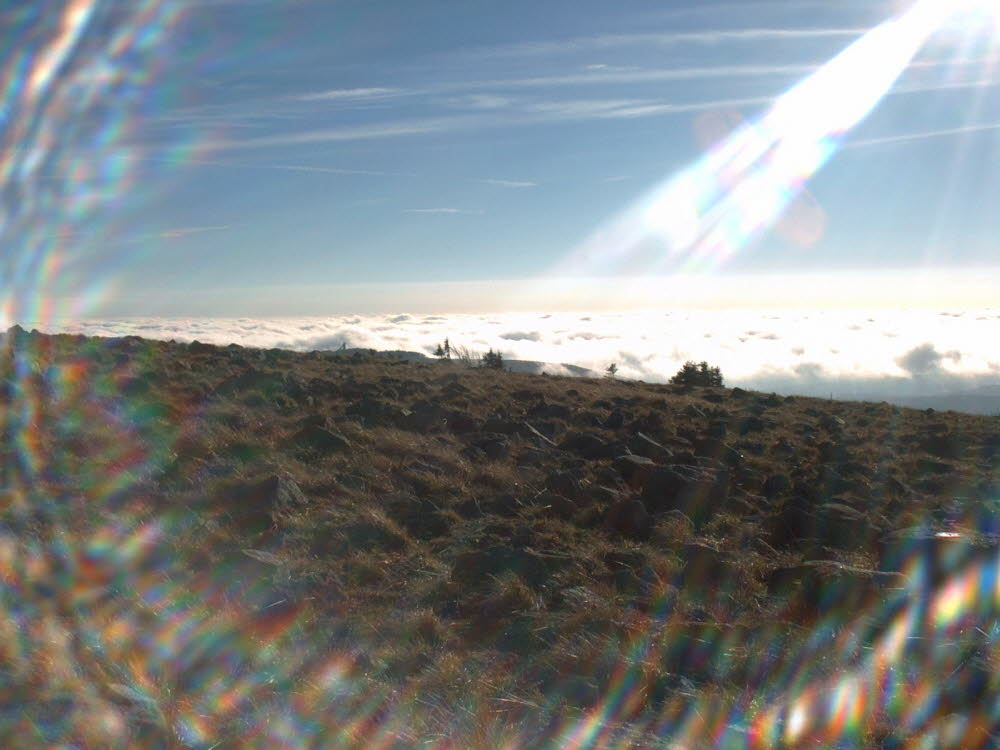 Blick zum Wurmberg, nur die Schanze lugt durch die Wolken